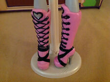 MOSNTER HIGH FIRST WAVE DRACULAURA BOOTS - EXCELLENT - $1 SHIPPING