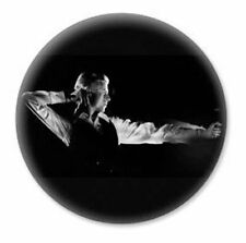 DAVID BOWIE The Thin White Duke ARCHER by JOHN ROWLANDS Pin Badge V&A ONLY @NEW@