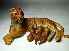 2013 NEW Papo  Animal Toy / Figure Nursing female tiger