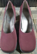 Rampage Women's Plum Suede Flapper Heel Shoes Size 8.5M Excellent condition.