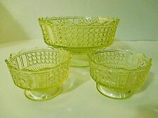 Richards & Hartley Vaseline 3 Panel Master Berry Bowl  plus 2 small berry bowls