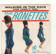 POP/ROCK/GIRL GROUP-RONETTES-WALKING IN THE RAIN/HOW DOES IT FEEL-PHILLES 123