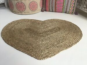 Prem Love Heart Shape Braided Beige Jute Rug Mat GoodWeave Fair Trade 60 x 90 cm