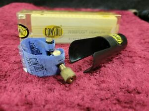 Blue Consoli Ramplig Clarinet Ligature with Cap and Box