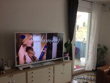 Grundig Vision 9 55 VLE 9474 WL 139,7 cm (55 Zoll) 3D 1080p HD LED LCD Internet