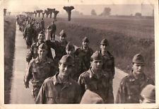 FOTO ANNI '60 - MARCIA MILITARI DI FANTERIA ESERCITO ITALIANO - VINTAGE -