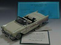 FRANKLIN MINT 1957 PONTIAC BONNEVILLE CONVERTIBLE CAR DIE CAST 1:24 SCALE COA
