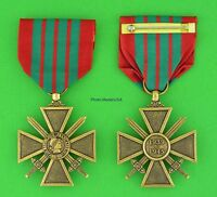 French CROIX de GUERRE MEDAL - WWII WW2 WAR CROSS - USA made - Full Size