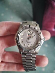 Tag Heuer Professional 2000 Full Sized Quartz Mens Wristwatch. Grey Dial.