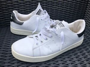 adidas Stan Smith trainers. Black and white. UK 8