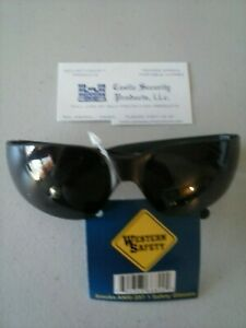 DARK SMOKE LENS SAFETY GLASSES