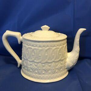 TEAPOT, Coffee pot ~ CREAMWARE IVORY