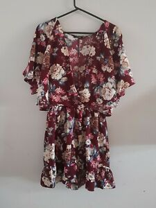 Boohoo Floral Size 16 Playsuit Ruffle Shorts Shoulder Split Low Cut Thigh Length