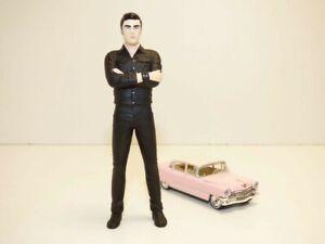 FIGURINE ELVIS PRESLEY 1/18 + Cadillac Fleetwood rose 1/64