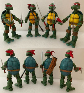 NECA TMNT Teenage Mutant Ninja Turtles Model Red Headband Action Figures Box Art