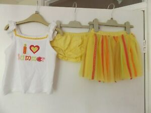 Gymboree yellow summer outfit / set skirt, top and pants aged 3 Years