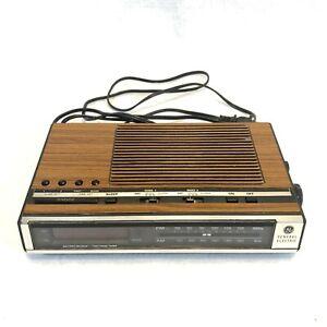 GE 7-4636D Wood Grain Vintage AM/FM Radio Alarm Clock w/ Dual Alarms Works