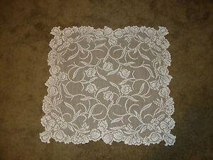 Lace TableTopper Ivory l Dutch Garden design  30 x 30