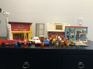 huge lot of vintage fisher price little people fire station farm clowns & more