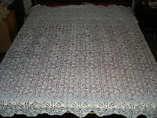 #171 Beautiful Vintage Handmade Coverlet