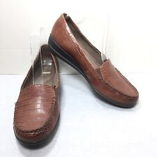 Women's Natural Soul by Naturalizer Brown Croc Print Loafers Size 8.5 M