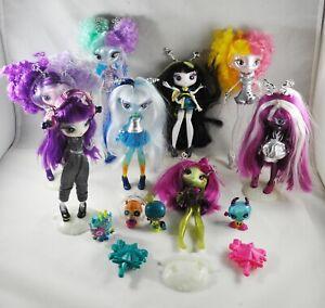 Novi Stars Doll Accessory Pet Stand Large Lot of Eight