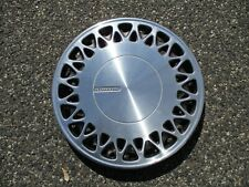 One factory 1991 to 1993 Plymouth Voyager 15 inch hubcap wheel cover