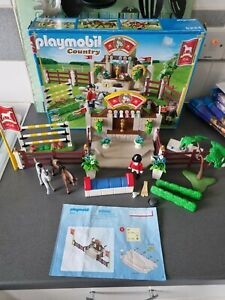 PLAYMOBIL 5224 HORSE SHOW JUMPING SET ** PLEASE READ **