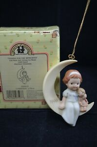 ENESCO MABEL LUCIE ATTWELL - THANKS FOR THE MEMORIES HANGING ORNAMENT BOXED (A)