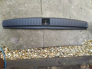 SUBARU OUTBACK 05-09 BOOT LOCK COVER TRIM PANEL 95073AG000