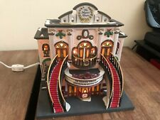 Department 56 - Christmas in the City - The Majestic Theater (56.58913)