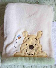 Kidsline Polyester Cream Plush w Appliqued Winnie the Pooh Bee Baby Blanket EUC