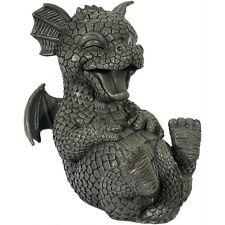 Süsser Gartendrache kringelt sich vor lachen Drachen Figur Figuren Garten Dragon