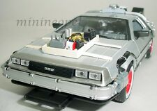 WELLY 22444W BACK TO THE FUTURE TIME MACHINE DELOREAN 1/24 PART 3