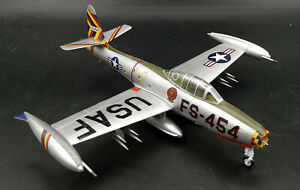 USA F-84G Four Queens/OLIE 1/72 aircraft finished plane Easy model non diecast