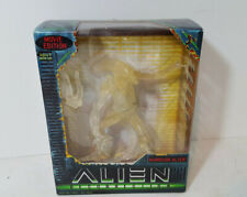 1997 Kenner Hasbro Alien Resurrection Japanese Translucent Clear Variant Warrior