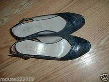 Bruno Magli Leather shoes heels / pumps Italy 8 AA