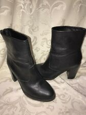 STEVE MADDEN HEELS BOOTS(WOMENS BLACK LEATHER UPPER ZIP BACK BOOTS SIZE 8M