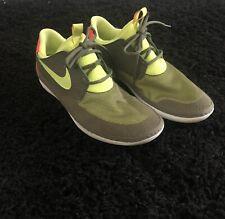 Men's Nike Solarsoft Moccasin Shoes Size 12 green/Orange 555301-100