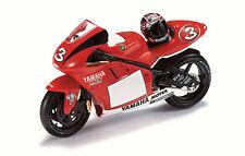 Yamaha YZR 500 M.Biaggi 2001  RAB017  scala 1/24 IxoModels