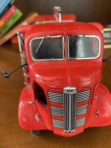 Danbury Mint Die Cast Replica 1:24 COCA-COLA 1938 GMC Delivery Truck