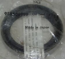 """YALE FORKLIFT OIL SEAL 958506999, APPROX 3 5/16"""" OD"""