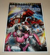 The TRANSFORMERS : ROBOTS IN DISGUISE # 28  IDW Comic  NM  SUBSCRIPTION VARIANT