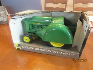 1993 ERTL #5679 Collectors Edition John Deere 1953 Model 60 Orchard Tractor 1:16