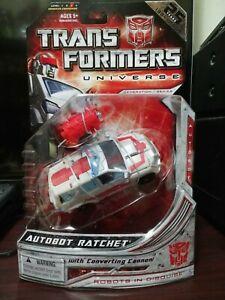 Transformers Universe Autobot Ratchet MISB New