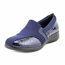 Clarks Women's Gael Beam Loafer Navy Size: 6.5W