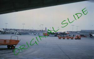 4 1960 CA to HI American Airlines Airplanes Airport  Kodachrome Slides