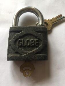Globe Black Iron Padlock 75mm 3 Keys