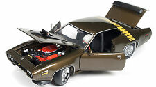 1971 Plymouth Roadrunner Tawny Gold 1:18 Auto World 1063
