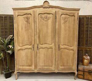 Sandblasted Vintage 3 Door French Oak Wardrobe / Armoire/ Shabby chic style